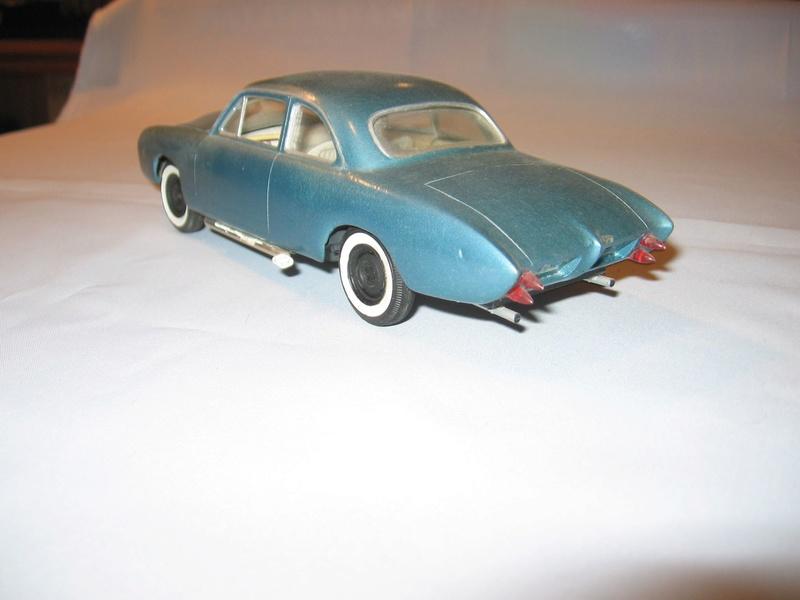 Vintage built automobile model kit survivor - Hot rod et Custom car maquettes montées anciennes - Page 6 12513811