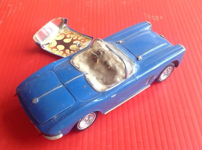 Vintage built automobile model kit survivor - Hot rod et Custom car maquettes montées anciennes - Page 6 12553010