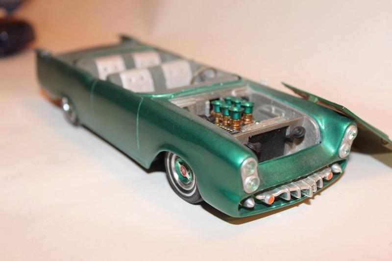 Vintage built automobile model kit survivor - Hot rod et Custom car maquettes montées anciennes - Page 5 12622510