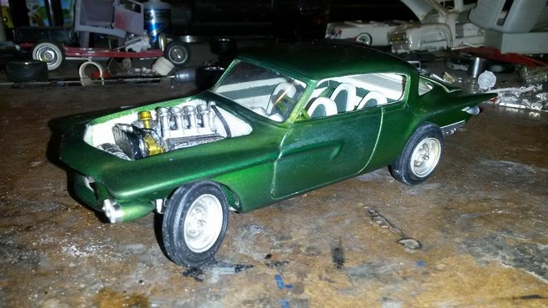 Vintage built automobile model kit survivor - Hot rod et Custom car maquettes montées anciennes - Page 5 12670110