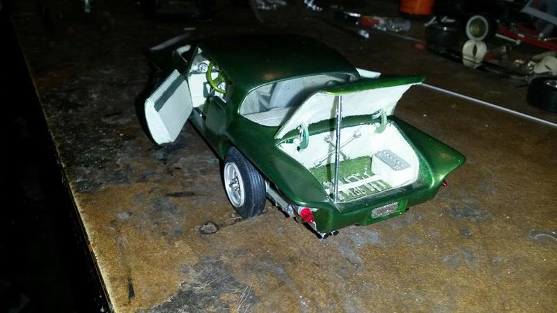 Vintage built automobile model kit survivor - Hot rod et Custom car maquettes montées anciennes - Page 5 12670610
