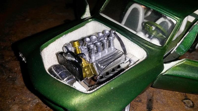Vintage built automobile model kit survivor - Hot rod et Custom car maquettes montées anciennes - Page 5 12688210