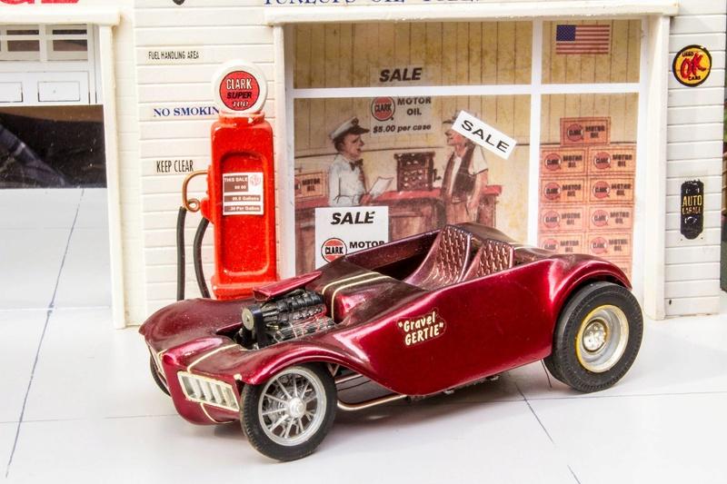 Vintage built automobile model kit survivor - Hot rod et Custom car maquettes montées anciennes - Page 5 12698212