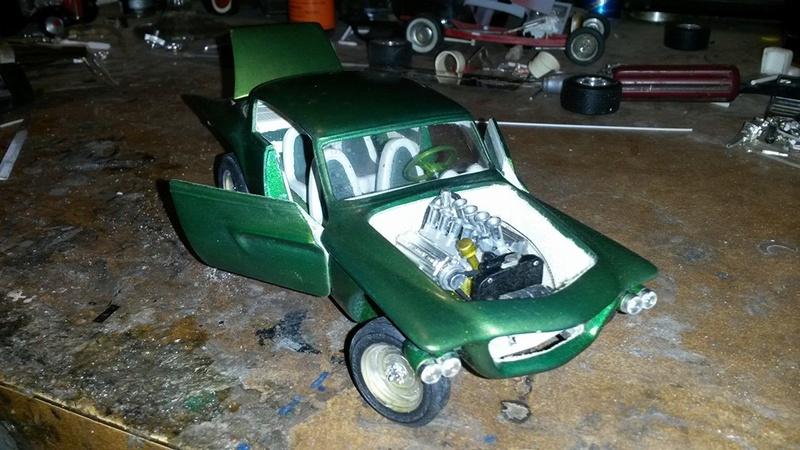 Vintage built automobile model kit survivor - Hot rod et Custom car maquettes montées anciennes - Page 5 12717310
