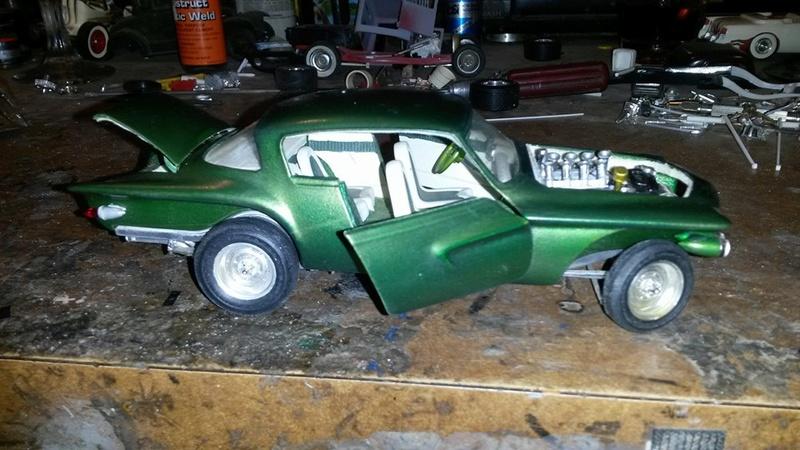 Vintage built automobile model kit survivor - Hot rod et Custom car maquettes montées anciennes - Page 5 12717610