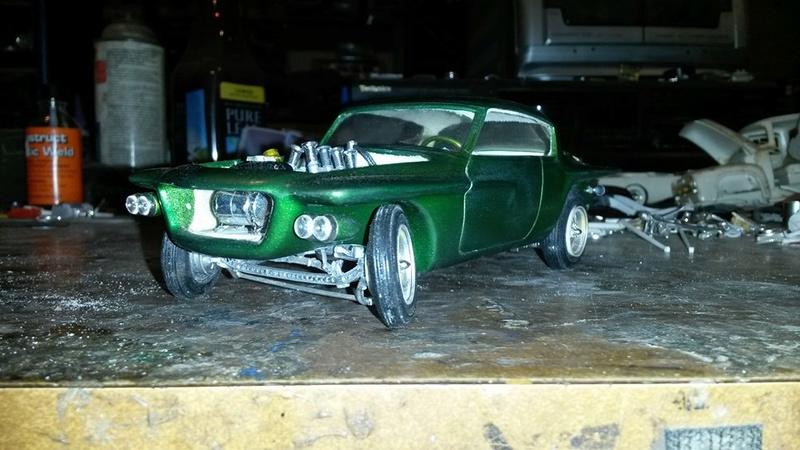 Vintage built automobile model kit survivor - Hot rod et Custom car maquettes montées anciennes - Page 5 12742810