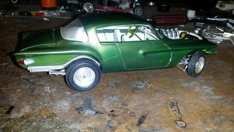 Vintage built automobile model kit survivor - Hot rod et Custom car maquettes montées anciennes - Page 5 12744310