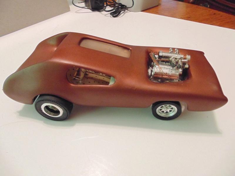 Vintage built automobile model kit survivor - Hot rod et Custom car maquettes montées anciennes - Page 6 13680114