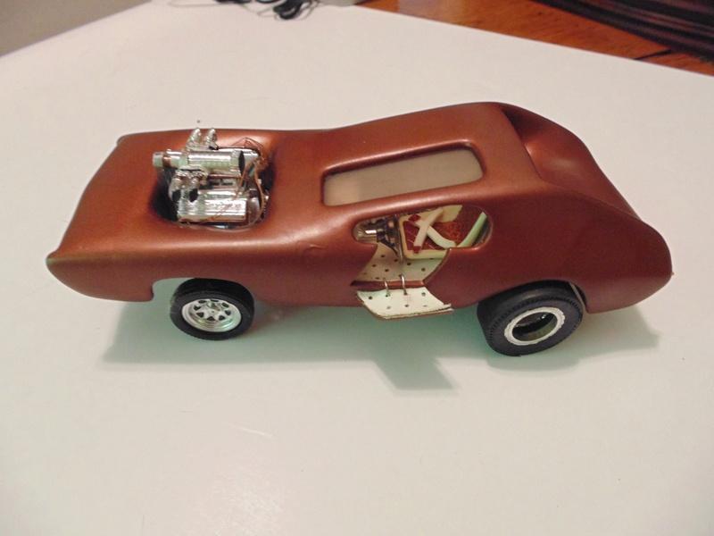 Vintage built automobile model kit survivor - Hot rod et Custom car maquettes montées anciennes - Page 6 13731910