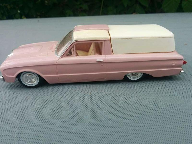 Vintage built automobile model kit survivor - Hot rod et Custom car maquettes montées anciennes - Page 6 13900111