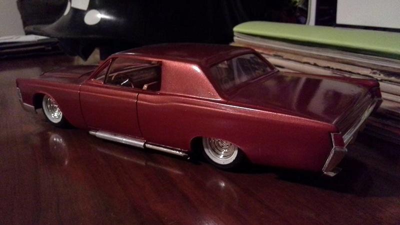Vintage built automobile model kit survivor - Hot rod et Custom car maquettes montées anciennes - Page 6 13901510