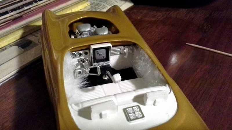 Vintage built automobile model kit survivor - Hot rod et Custom car maquettes montées anciennes - Page 6 13932811