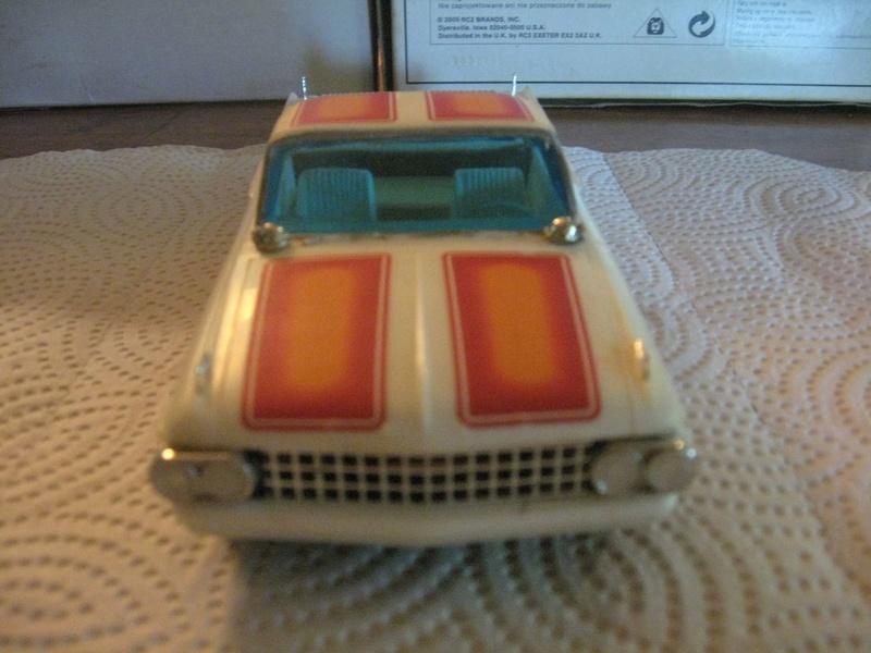 Vintage built automobile model kit survivor - Hot rod et Custom car maquettes montées anciennes - Page 6 241
