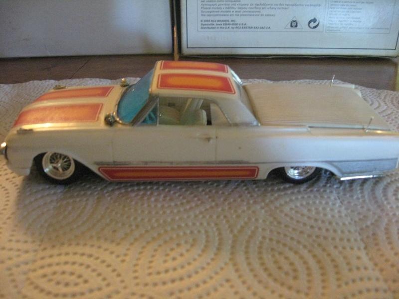Vintage built automobile model kit survivor - Hot rod et Custom car maquettes montées anciennes - Page 6 339
