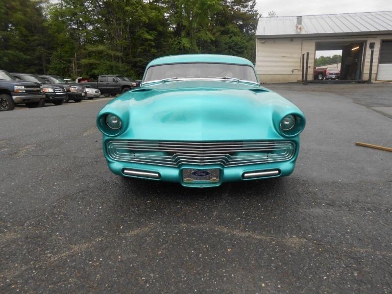 Ford 1952 - 1954 custom & mild custom - Page 9 512