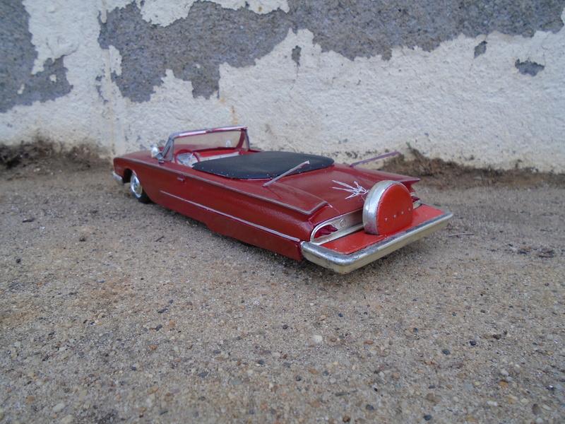 1960 Ford convertible customizing kit - amt - 1/25  Dsc00318