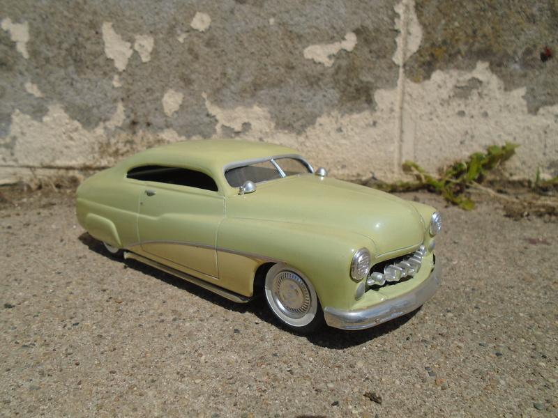 1949 Mercury - Customizing Kit - Trophie series - 3 in 1 - Amt Dsc02110