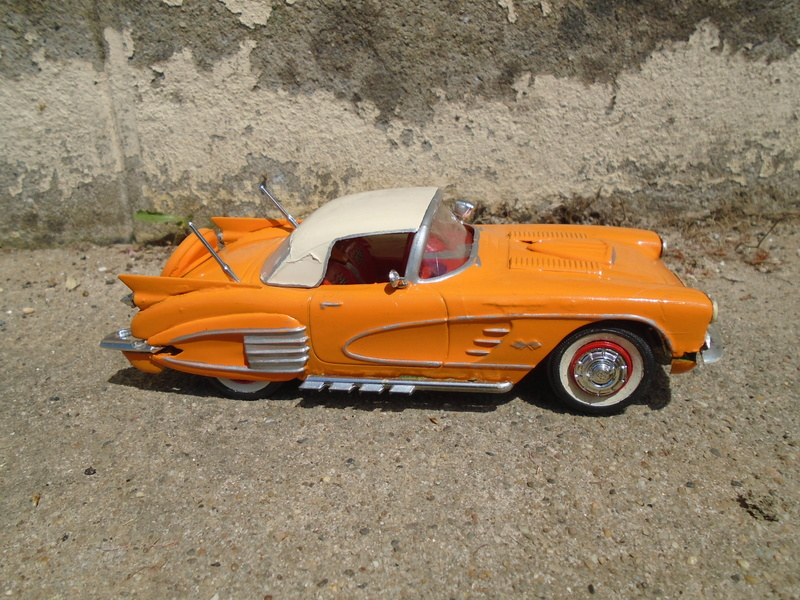 1959 Chevrolet corvette Customizing kit 1/25 scale  Dsc03417