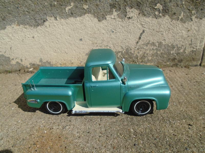 1953 Ford f100 - Customizing Kit trophie series Dsc03611