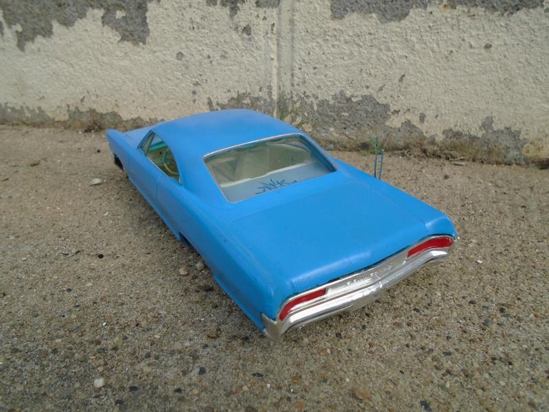 1965 Pontiac Bonneville - Customizing kit - AMT Dsc03624