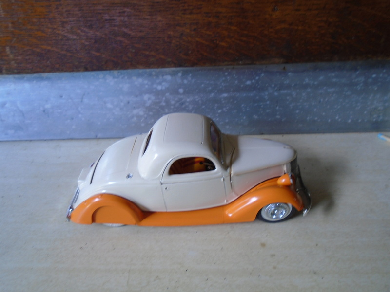 1936 Ford - customizing kit  Dsc03912