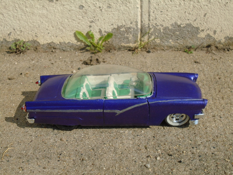1956 Ford - Trophie series - customizing kit - amt Dsc04121