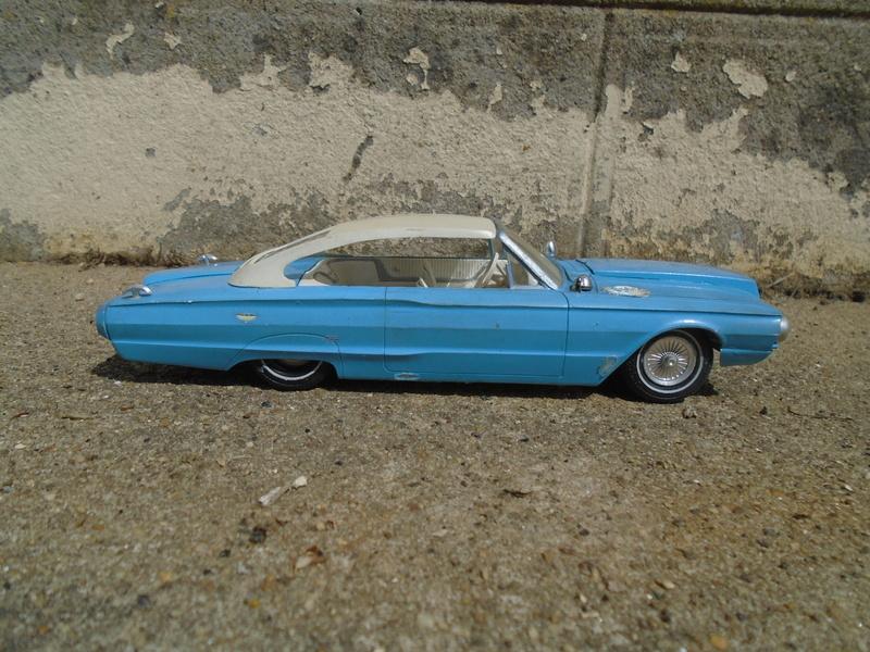 1964 Ford Thunderbird - Customizing kit - amt - 1/25 scale Dsc04266