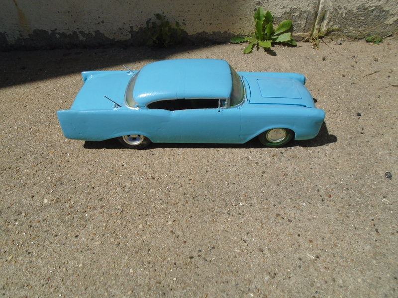 1957  Chevrolet - Customizing kit - trophie series -  amt - 1/25 scale Dsc04316
