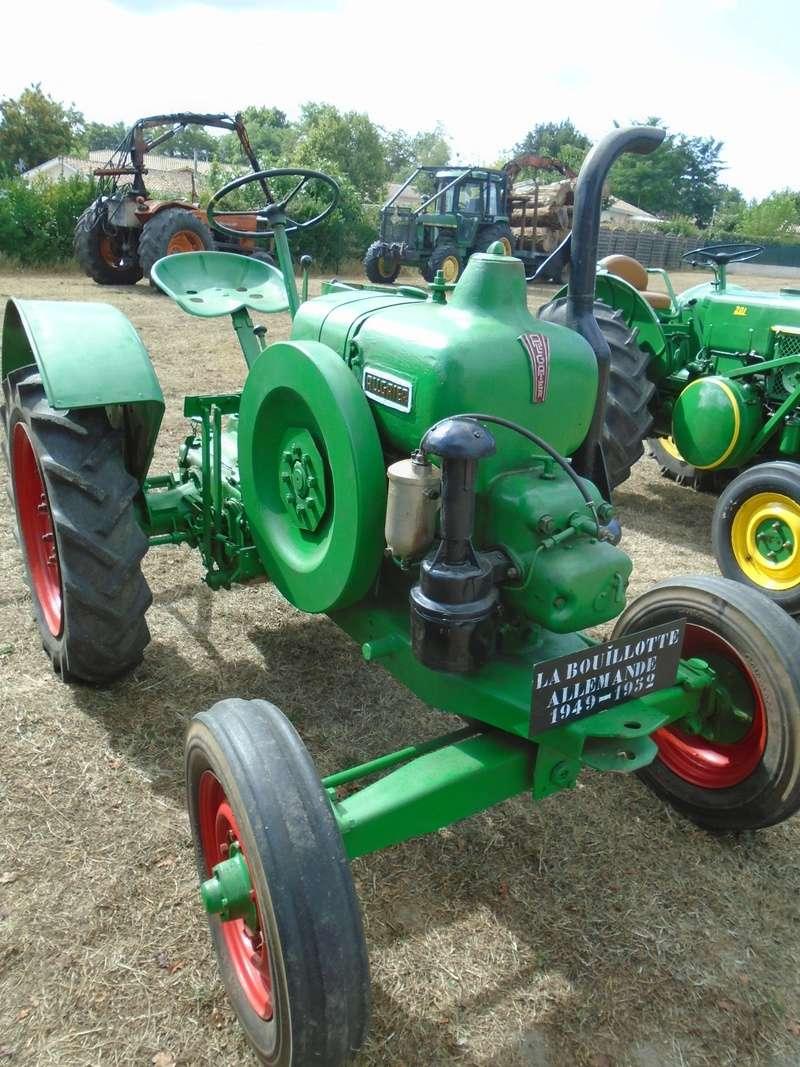 Fête de Roaillan (33) exposition tracteurs et voitures anciennes (Aout 2016) Dsc04522