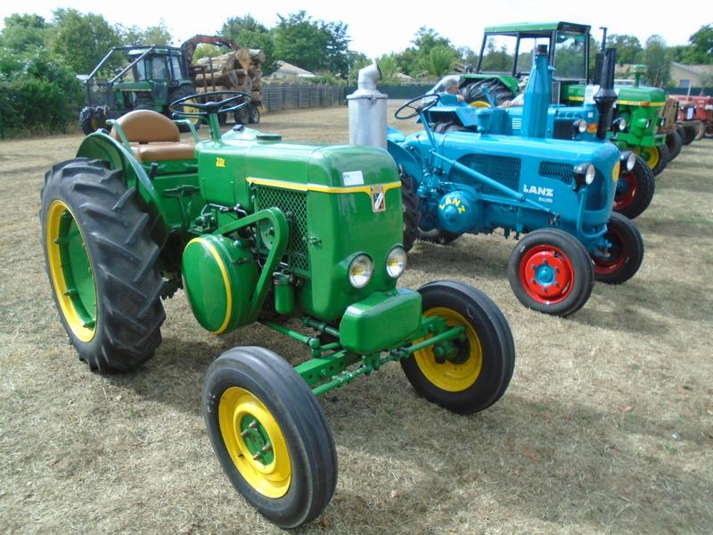 Fête de Roaillan (33) exposition tracteurs et voitures anciennes (Aout 2016) Dsc04525