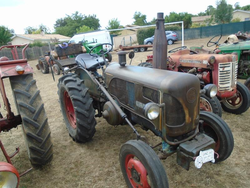 Fête de Roaillan (33) exposition tracteurs et voitures anciennes (Aout 2016) Dsc04529