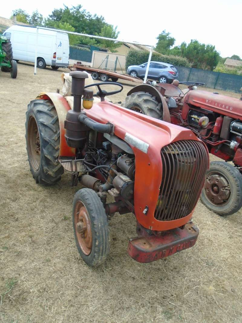 Fête de Roaillan (33) exposition tracteurs et voitures anciennes (Aout 2016) Dsc04613