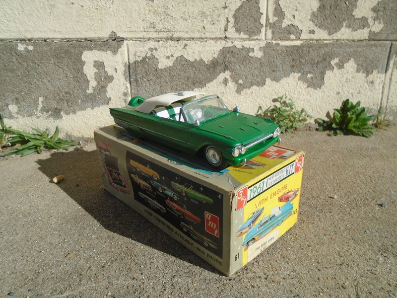 1961 Ford Convertible - Customizing kit - Amt - 1/25 scale Dsc04636