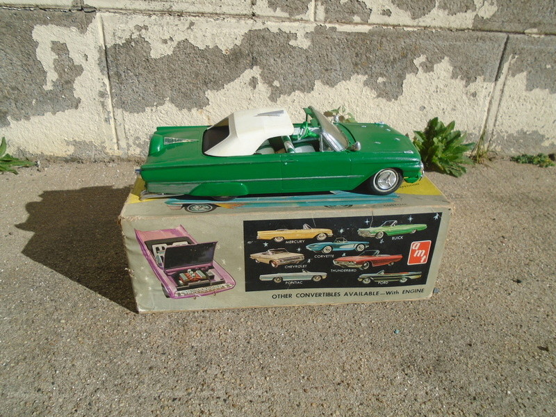 1961 Ford Convertible - Customizing kit - Amt - 1/25 scale Dsc04638