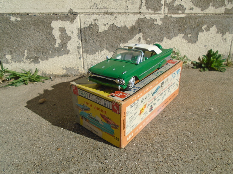 1961 Ford Convertible - Customizing kit - Amt - 1/25 scale Dsc04639