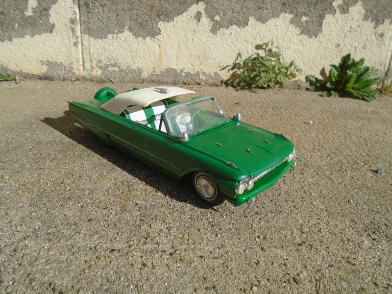 1961 Ford Convertible - Customizing kit - Amt - 1/25 scale Dsc04641
