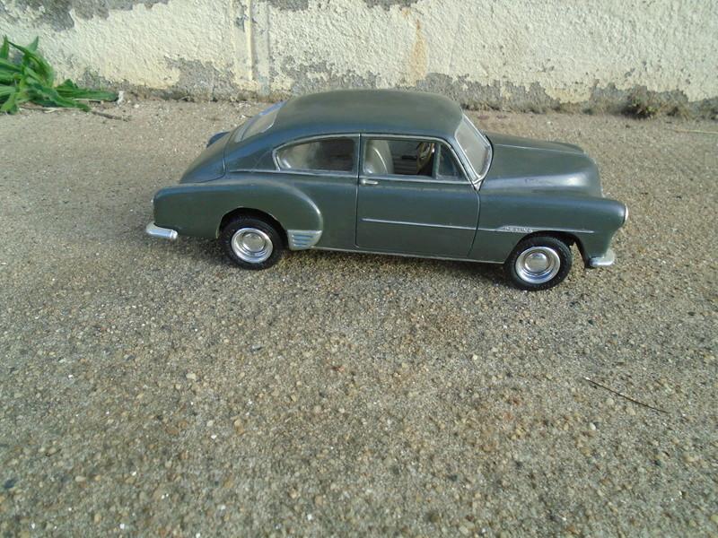 1951 Chevrolet Fleetline - amt - 1/25 scale Dsc04661
