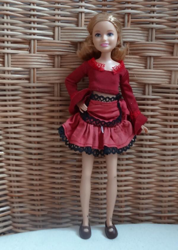 Recherche d'identité des Barbie  - Page 10 311