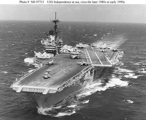 Porte-avions Américain - Page 2 Be6a6110