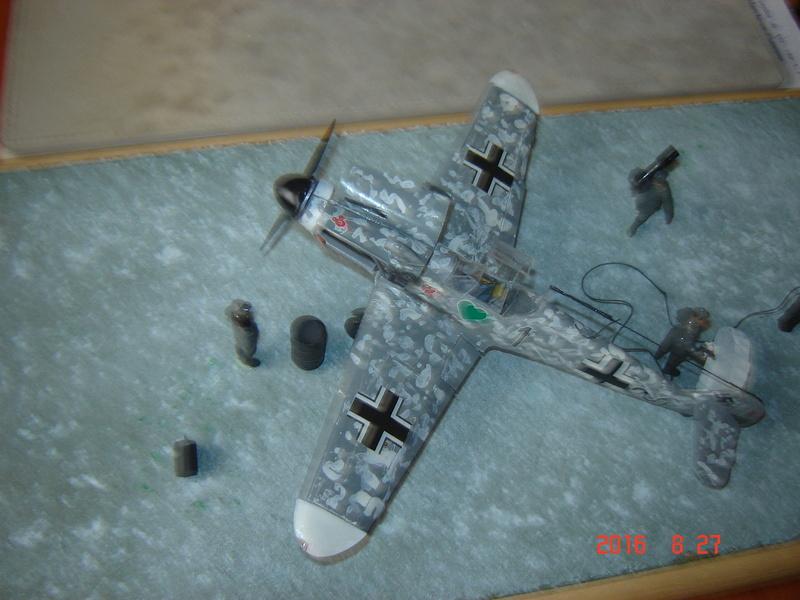 Messerschmidt BF 109 F-4 1:48 Dsc09611