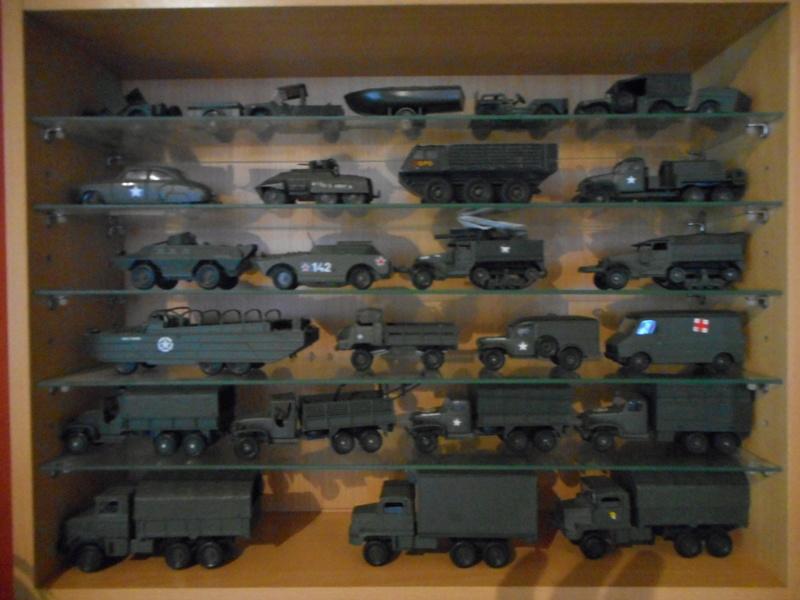 figurines , voitures , fanfares....et autres 00119