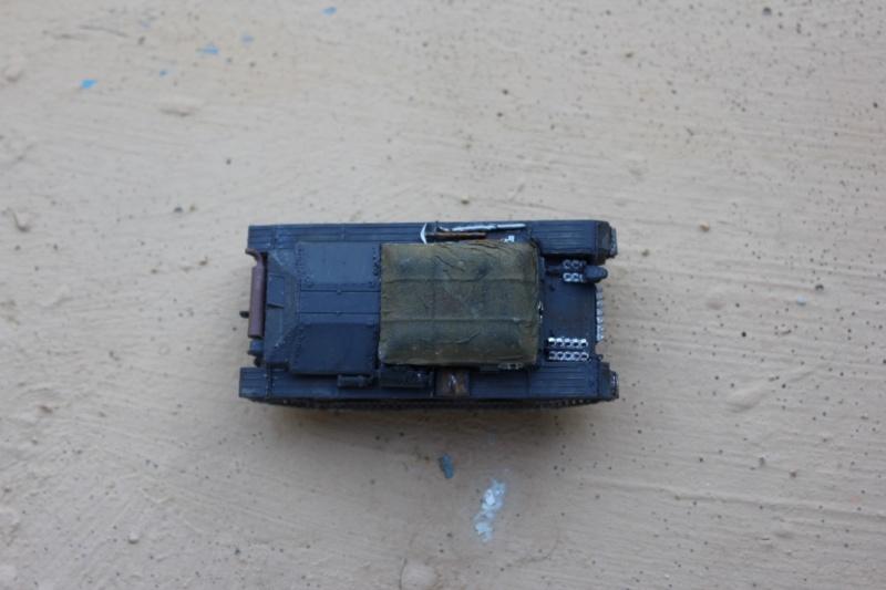 Diorama d'un leFH 18 en batterie au 1/72 Thumb118