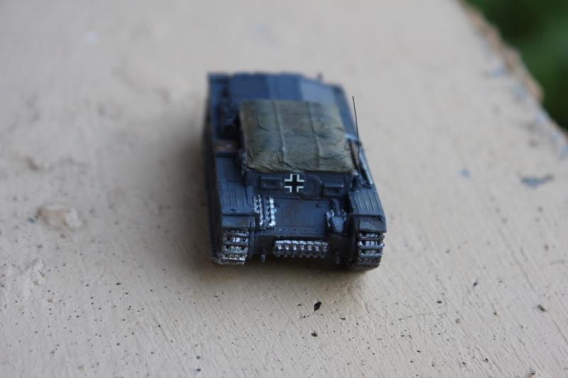 Diorama d'un leFH 18 en batterie au 1/72 Thumb120