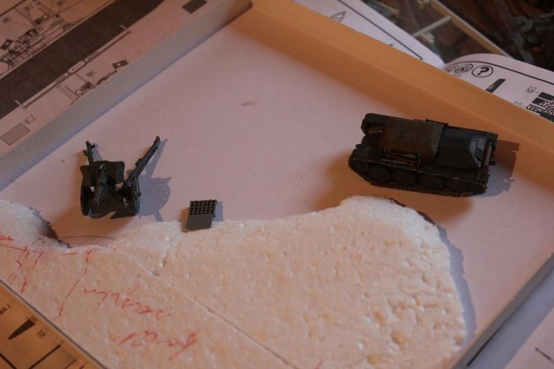 Diorama d'un leFH 18 en batterie au 1/72 Thumb268
