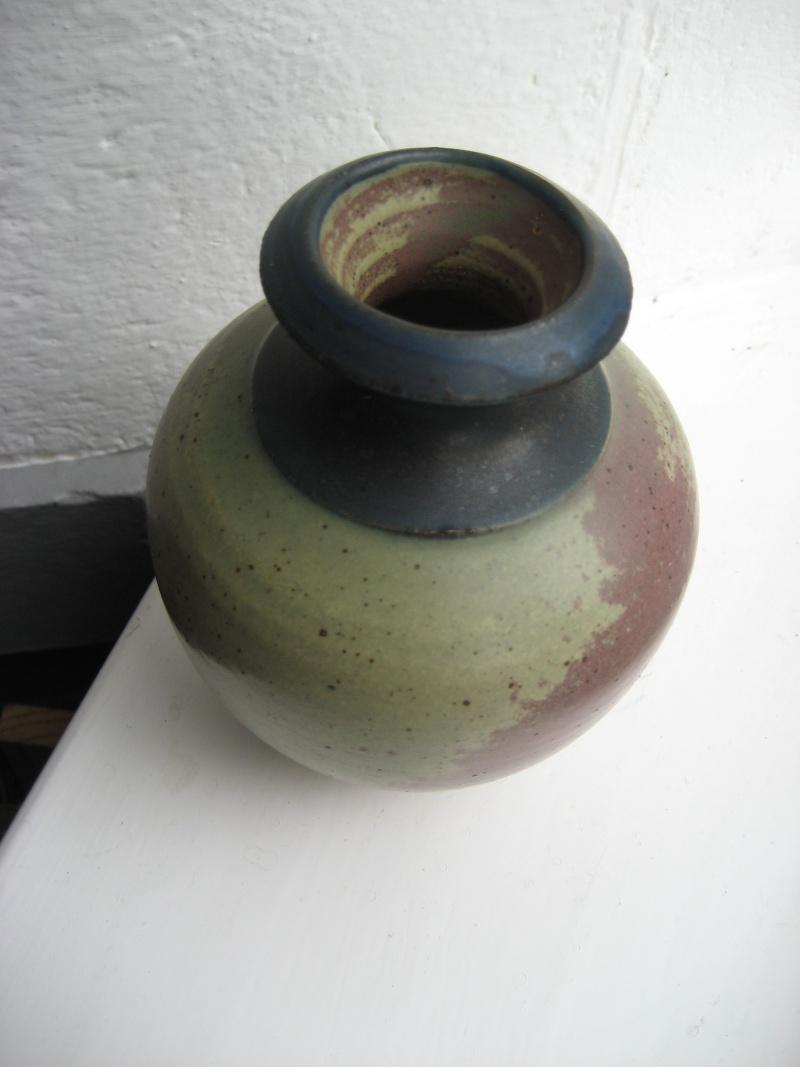 Stoneware Pot - Louis Mulcahy, Ireland  Img_4211