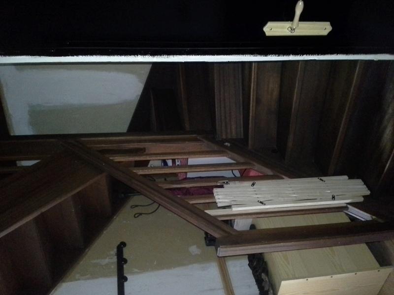 Escalier noir et bois clair 110