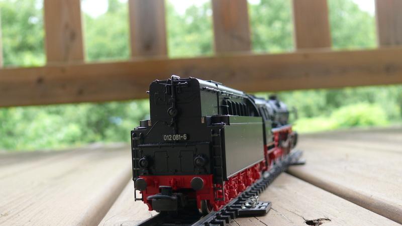 Voies Märklin anciennes et voie VB Trois rails - Page 20 P1140928