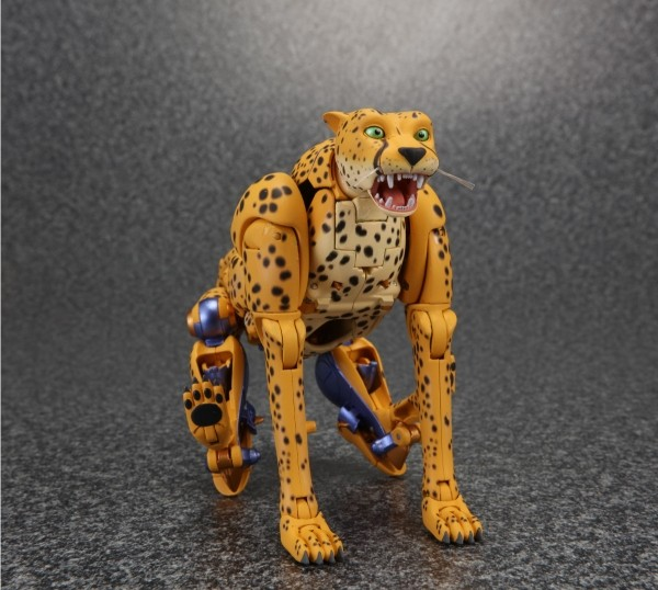 Masterpiece MP-34 Cheetus Ch910