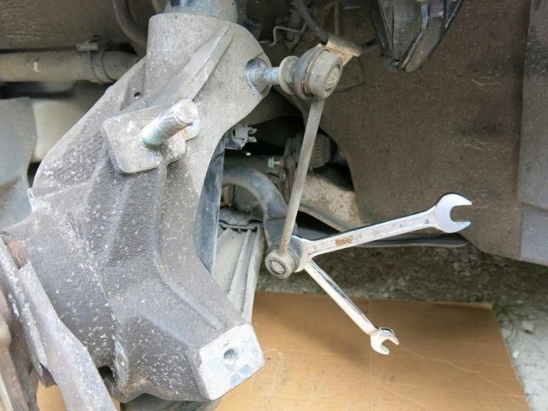 remplacement des bras de suspensions + hub/étriers de freins AV 1010
