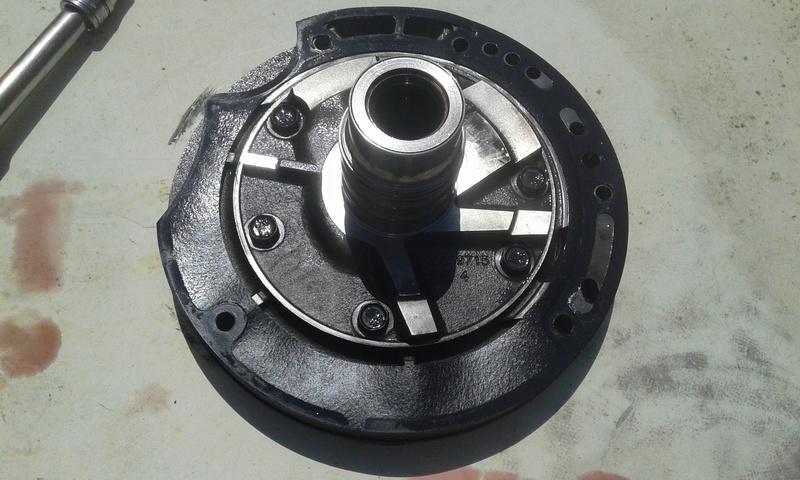 Pompe hydraulique de boite de vitesse automatique s4 2l8crd  20160817
